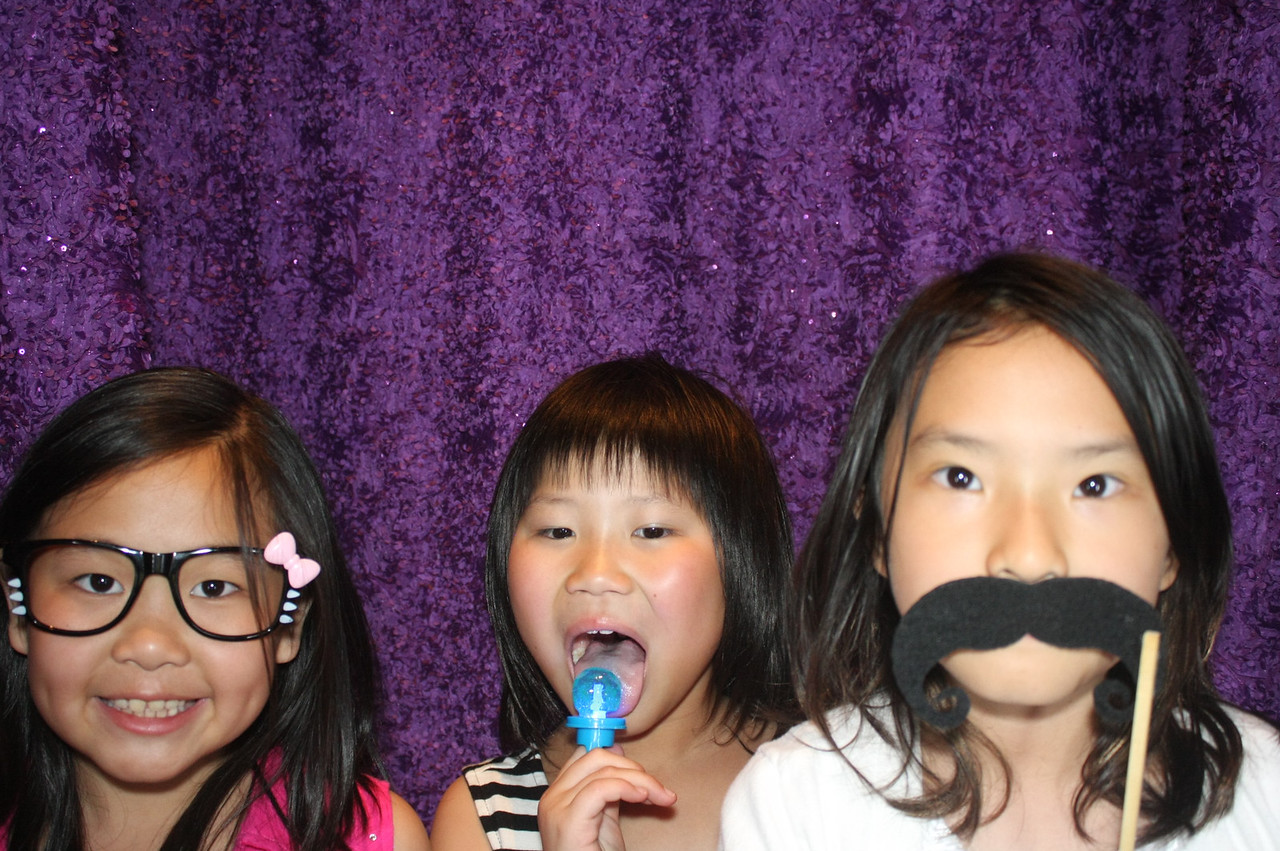QuickPhotoBooth - PIC - 110528